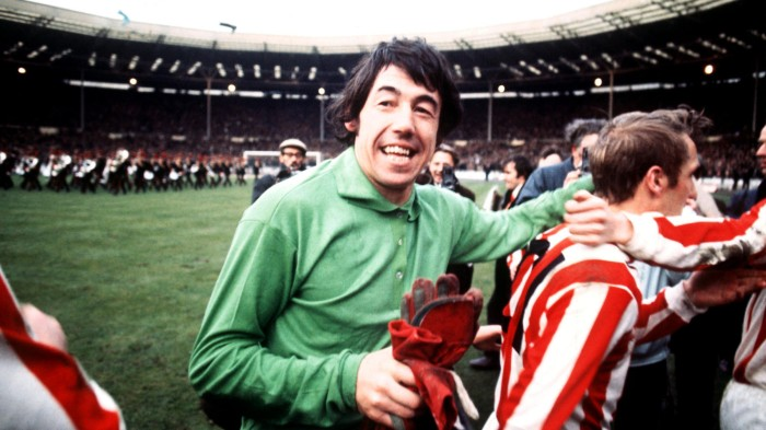 Gordon Banks 17 - 169 - 2400x1350 - Former Players.jpg